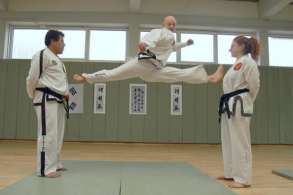 Jan-Niclaus-Taekwon-Do-Twimyo_Sangbang_Chagi